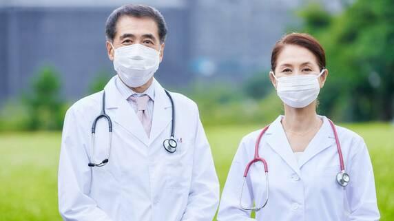 子のない医師夫婦…「遺言信託」を使って希望通りの相続を叶える方法【司法書士が解説】
