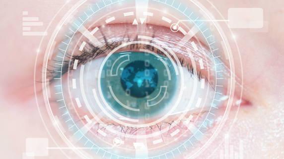 「目薬さして10分」で視力回復!? 白内障手術の凄まじい進化