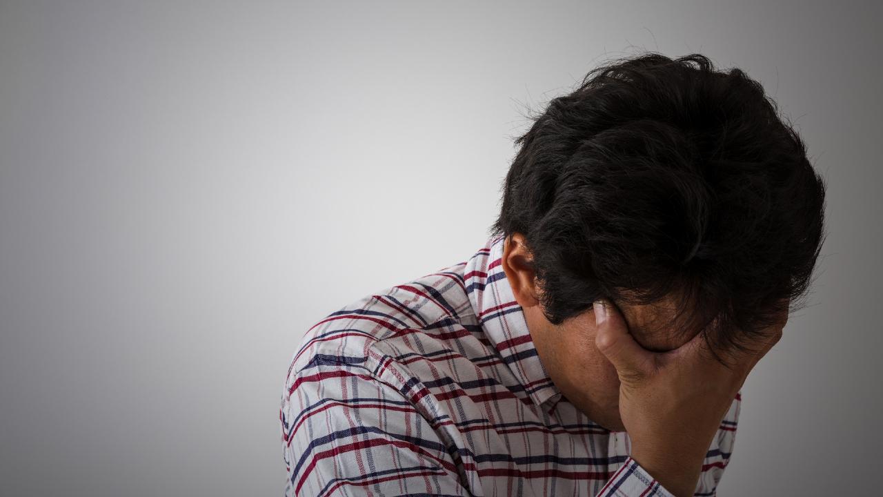 「イライラ」や「気分の落ち込み」も!? 認知症を疑うべき症状