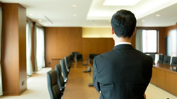 事業承継後、先代経営者に求められる役割とは?