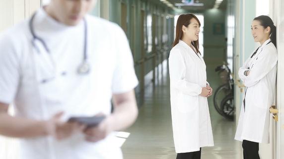 「いつでもどこでも受けられる」日本の良き医療が崩壊する日