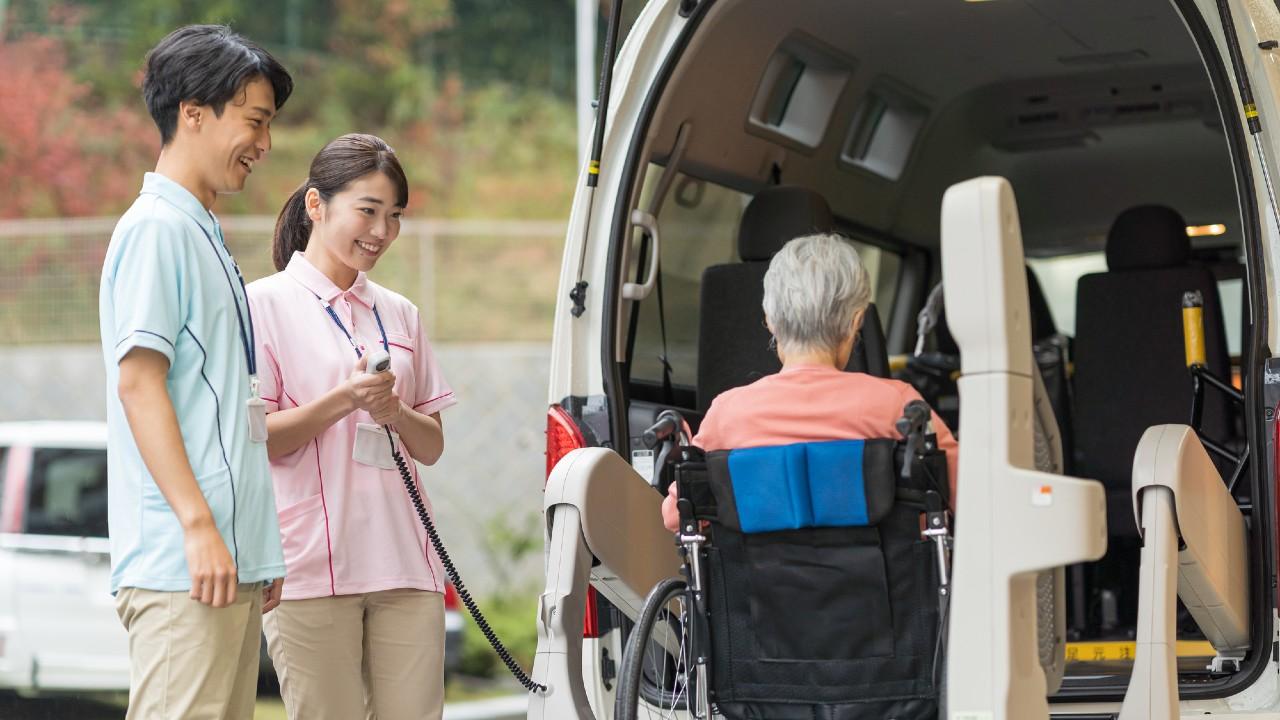 「寄り添う介護を実践してます」掲げる老人ホームの本質的問題