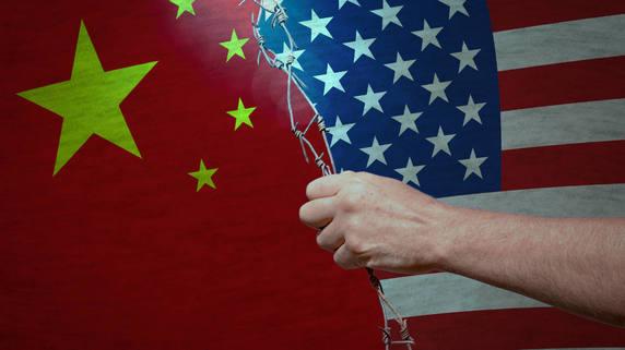 パウエル議長「利下げ示唆」も…市場は米中関税合戦を懸念か