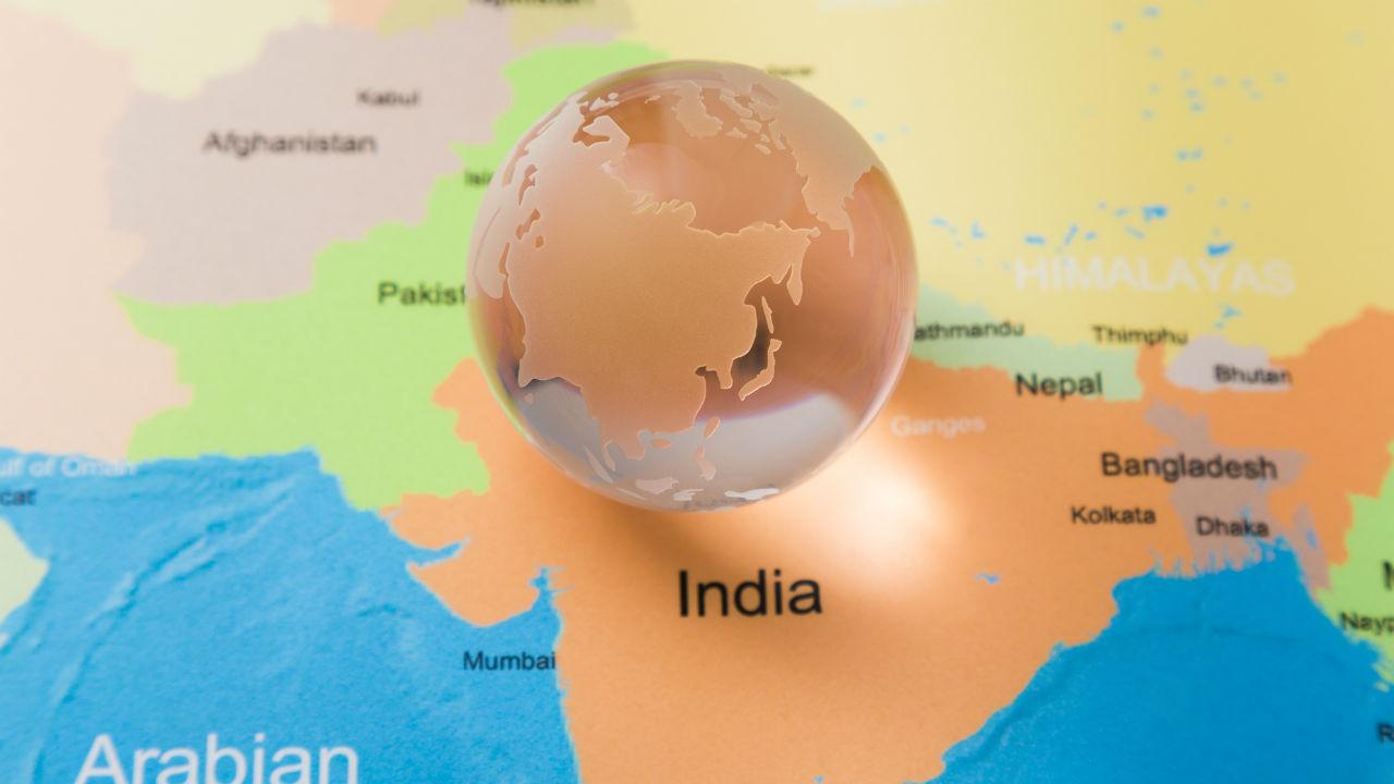 緊張高まるインドとパキスタン…歴史的視点から市場動向を探る