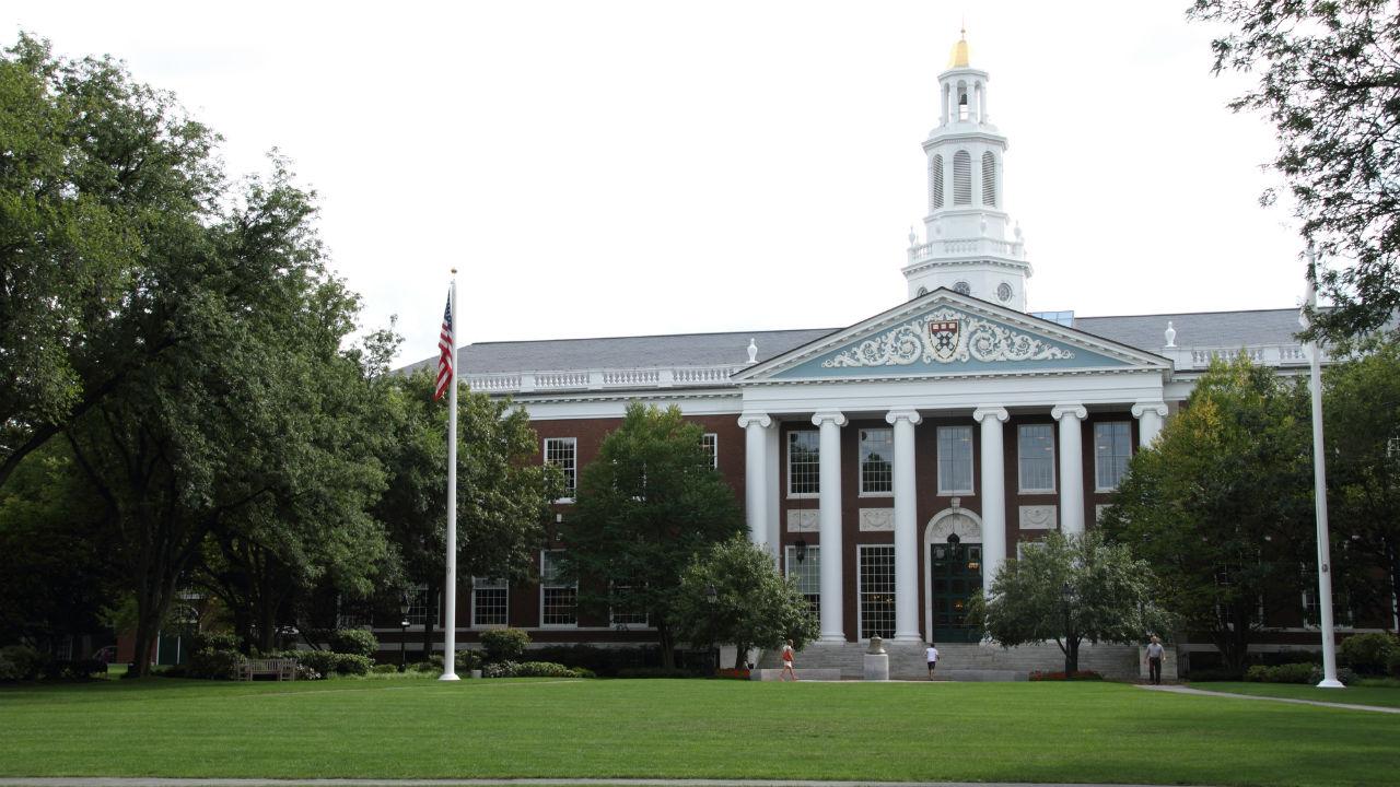 ハーバード、イェール、テキサス州立大学基金の投資対象銘柄