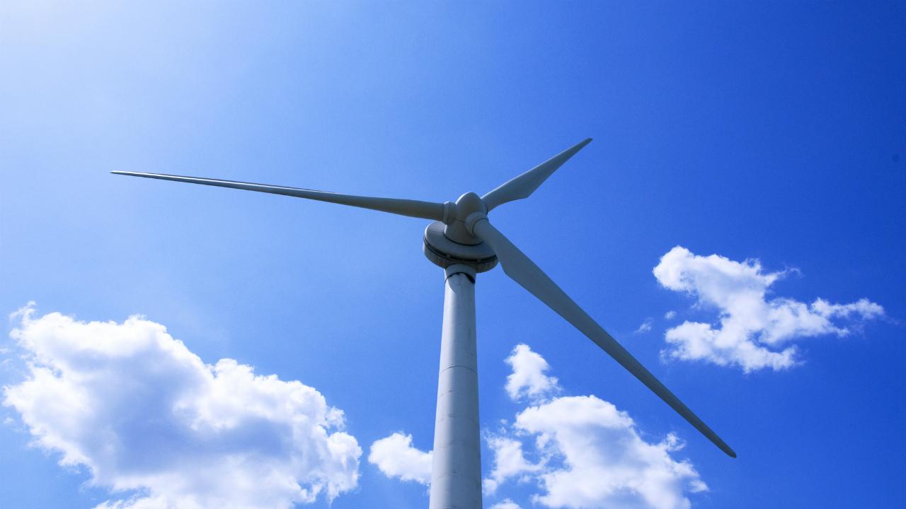 洋上風力 巨大化競う やはり2019年の相場テーマかな