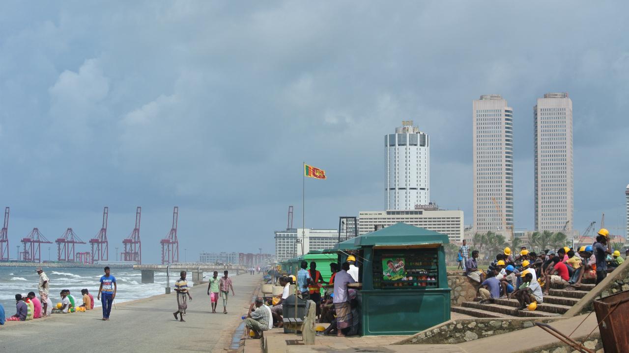 スリランカ前大統領、公営事業の民営化案に強い懸念