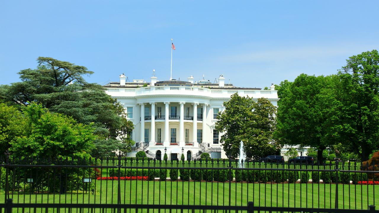 米国大統領選挙、まずは3月3日のスーパーチューズデーに注目