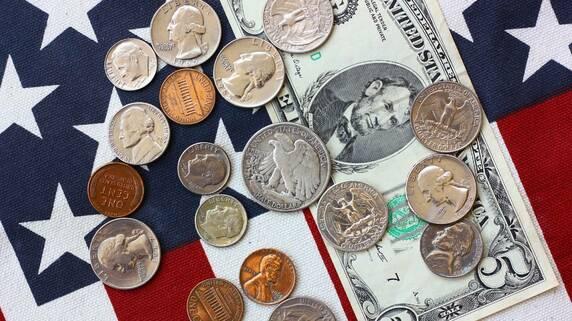 「米国リテール銀行」顧客満足度ランキング…上位に共通する評価ポイントは?
