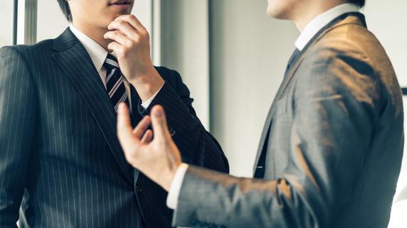 嫉妬は恐ろしい…上司の上司に「直訴・提案」する際の注意点