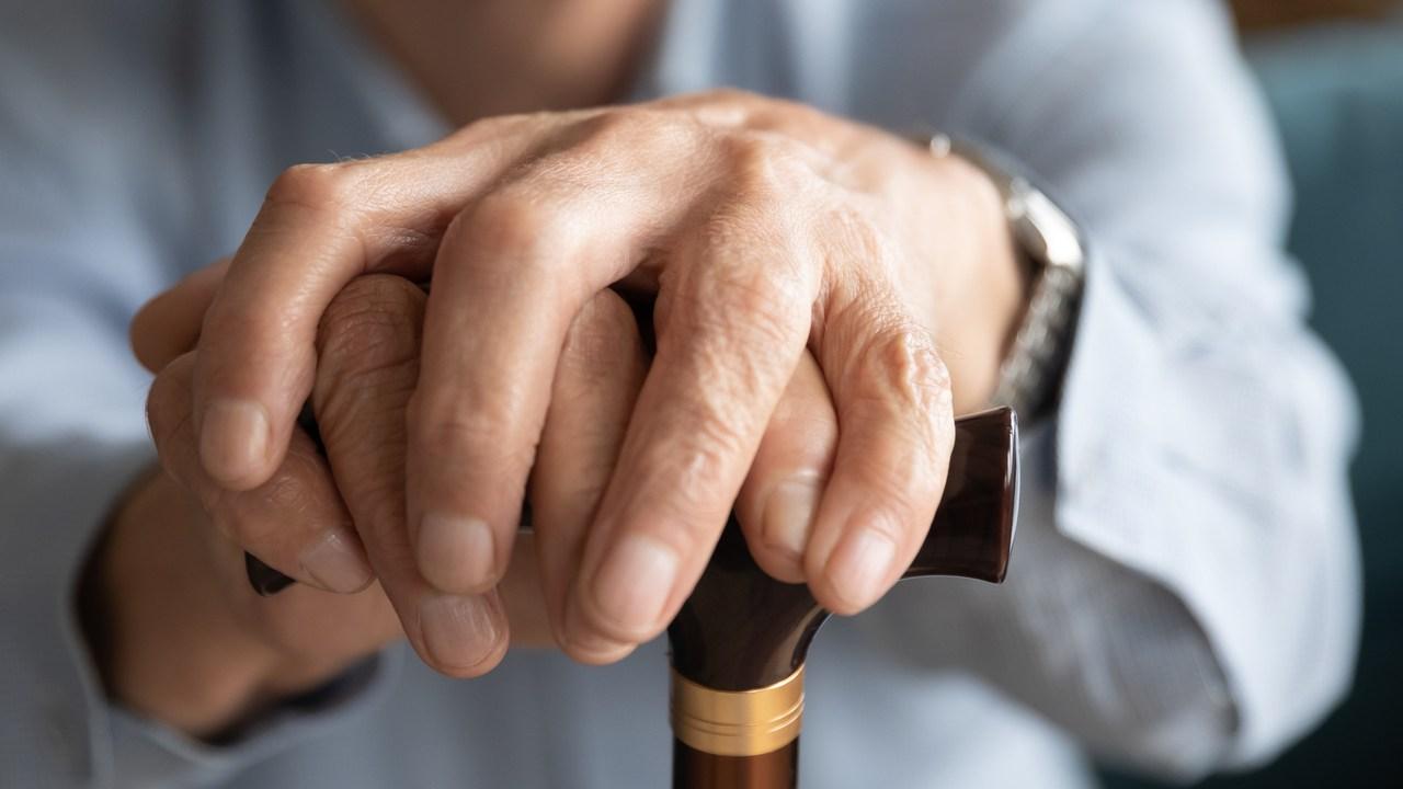 「お前に関係ないだろう!」財産を隠す老親にどう対処するか