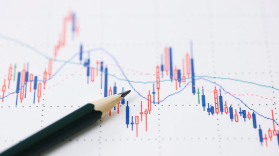 反発狙いの「半値押し」で買った株…その後の値動きのパターン