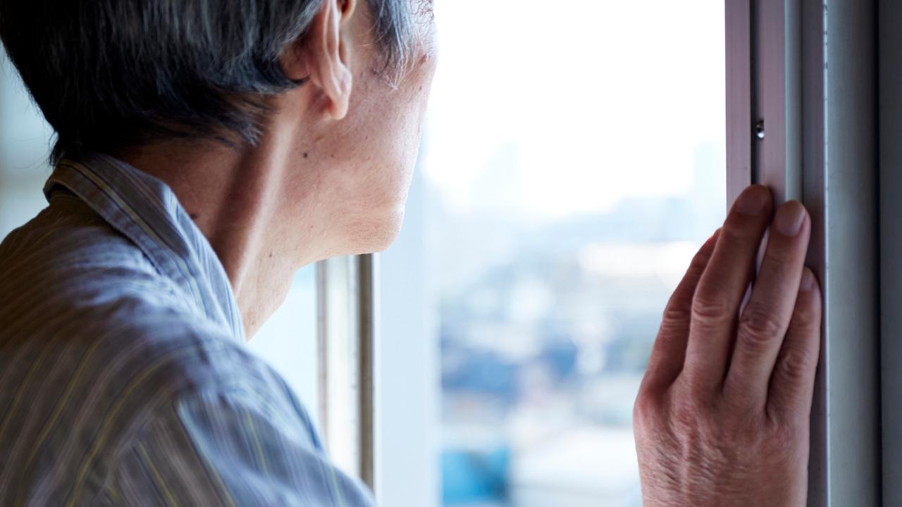 2025年、高齢者の20%が「認知症」に…もの忘れとの違いは?