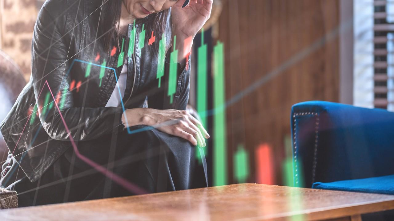 株価暴落は儲けるチャンス?「カラ売り」で億万投資家になる法