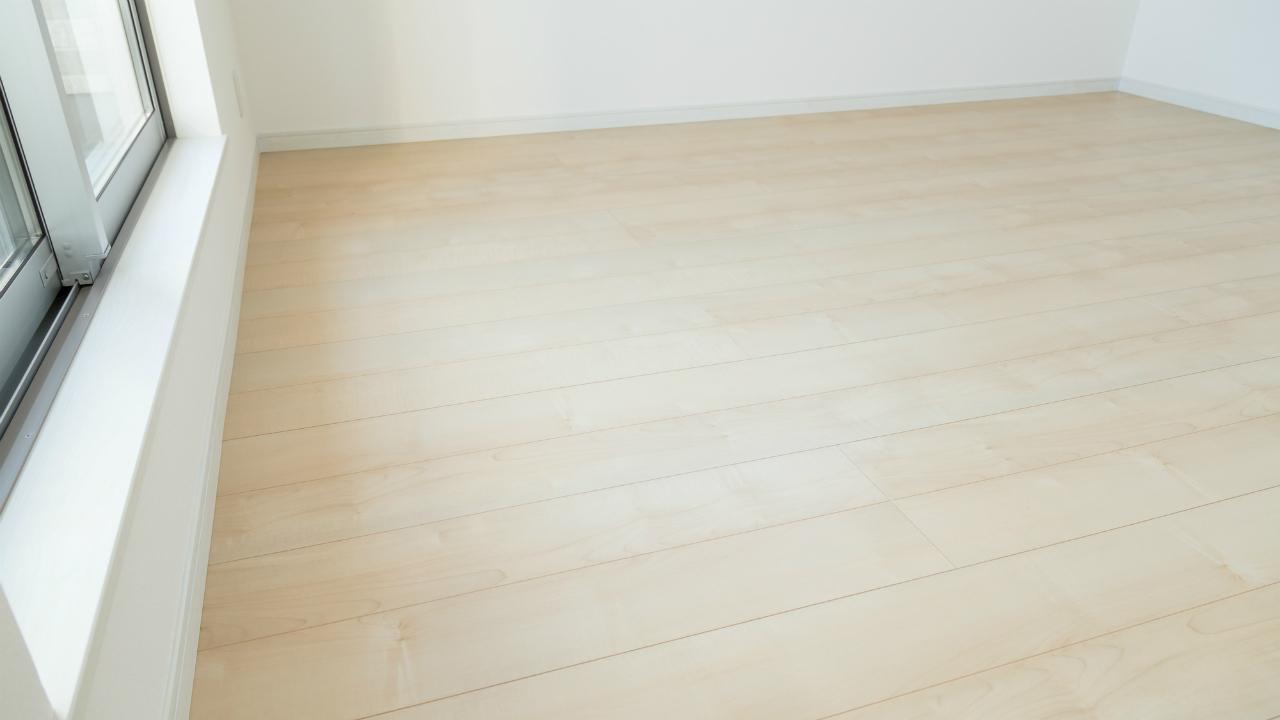 新築物件でよくある「巾木のトラブル」とは何か?