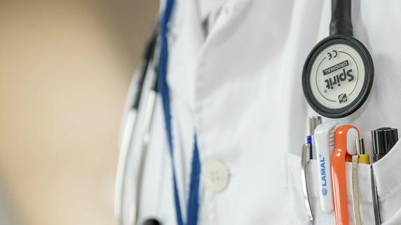 雑所得が多ければ勤務医でも検討したい「法人設立」