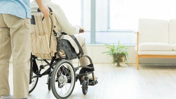 「介護付き有料老人ホーム(4類型)」への入所要件と受けられる介護の内容