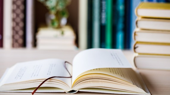 書籍完成がゴールか否か…自費出版と企業出版の決定的な違い