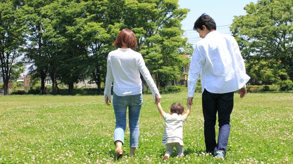 日本人と結婚している外国人を雇用する場合の注意点