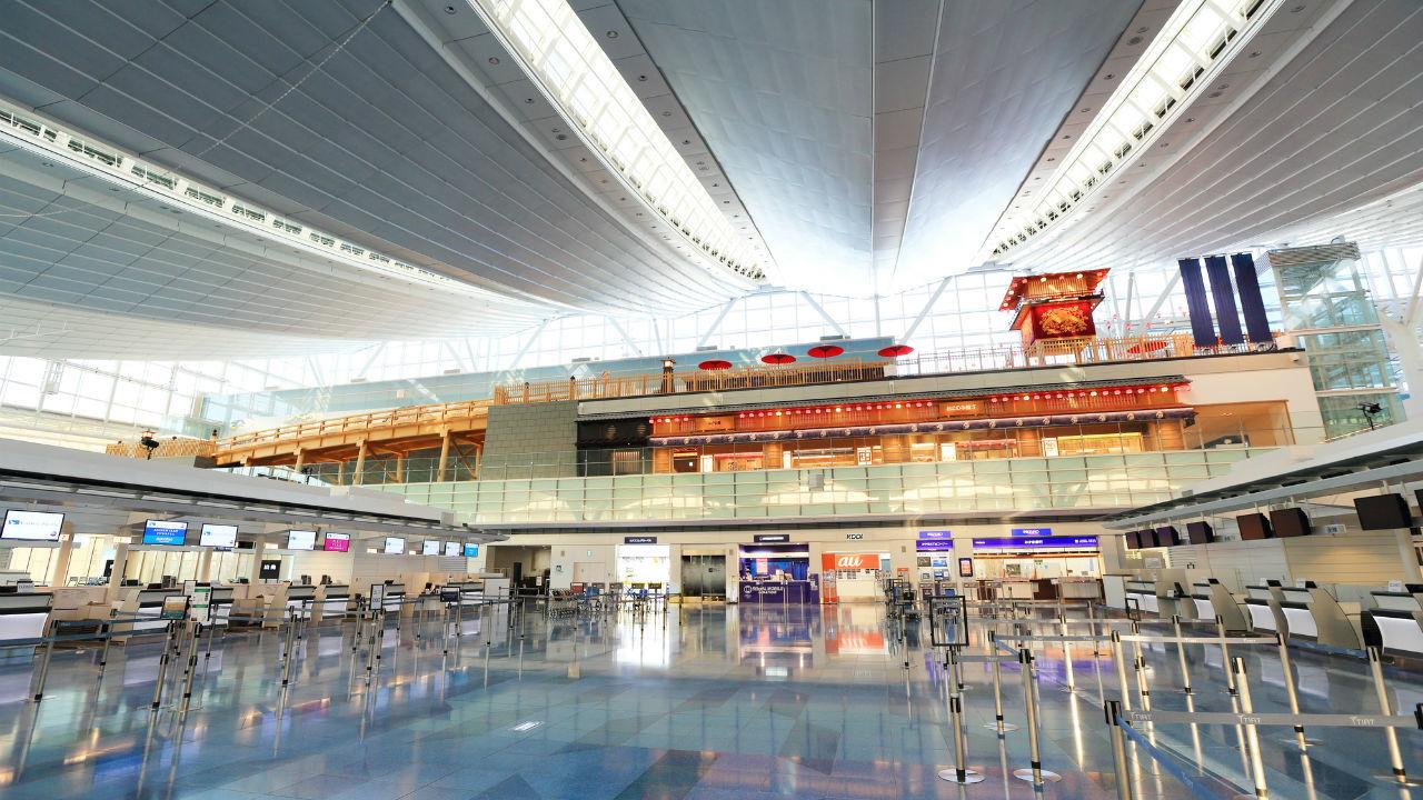 国内線見送り搭乗口まで 空港内消費が盛り上がれば・・・