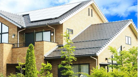 自家消費型の太陽光発電と蓄電池設置のメリットとは?