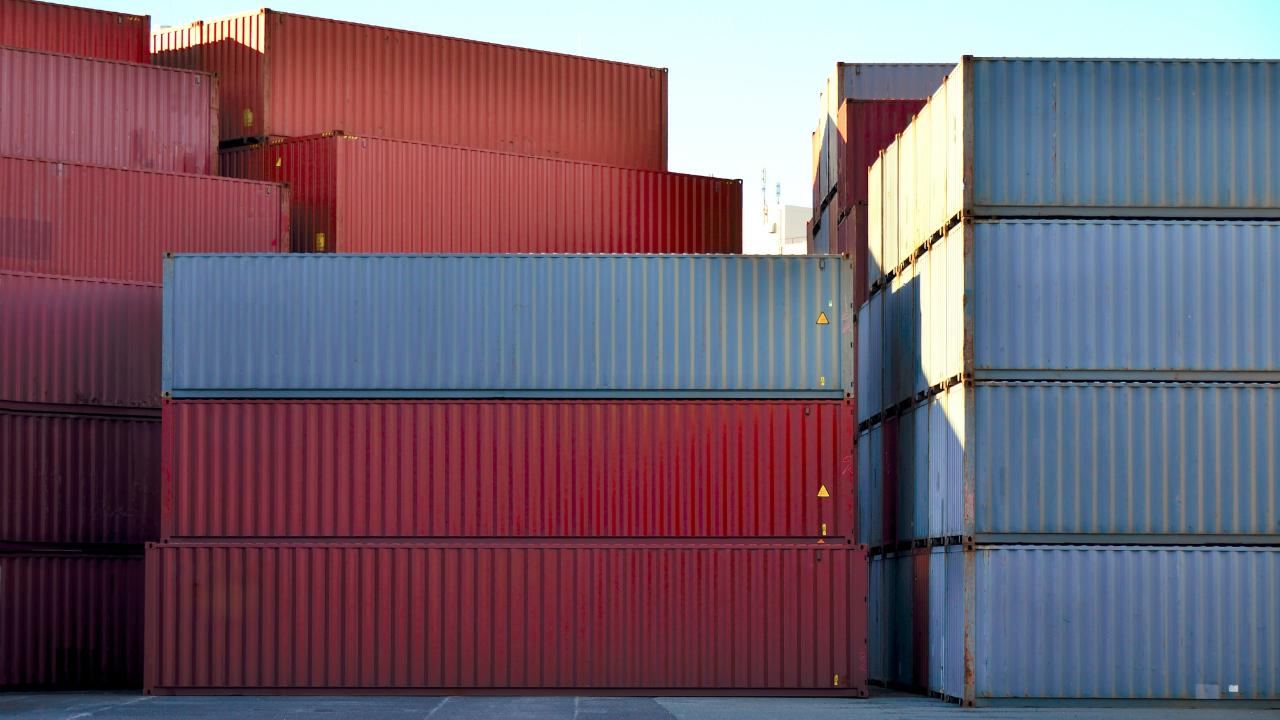 輸出の減少で悪化する国際収支に悩まされるスリランカ