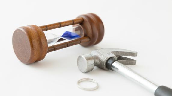 離婚による「財産分与」「慰謝料」・・・請求できる期間とは?