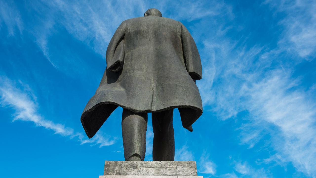 ソ連の自滅から検証する「社会主義崩壊」の理由