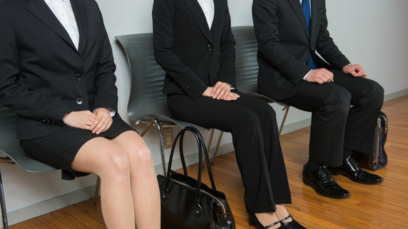 人気の就職先だった銀行が、採用活動に苦戦している理由