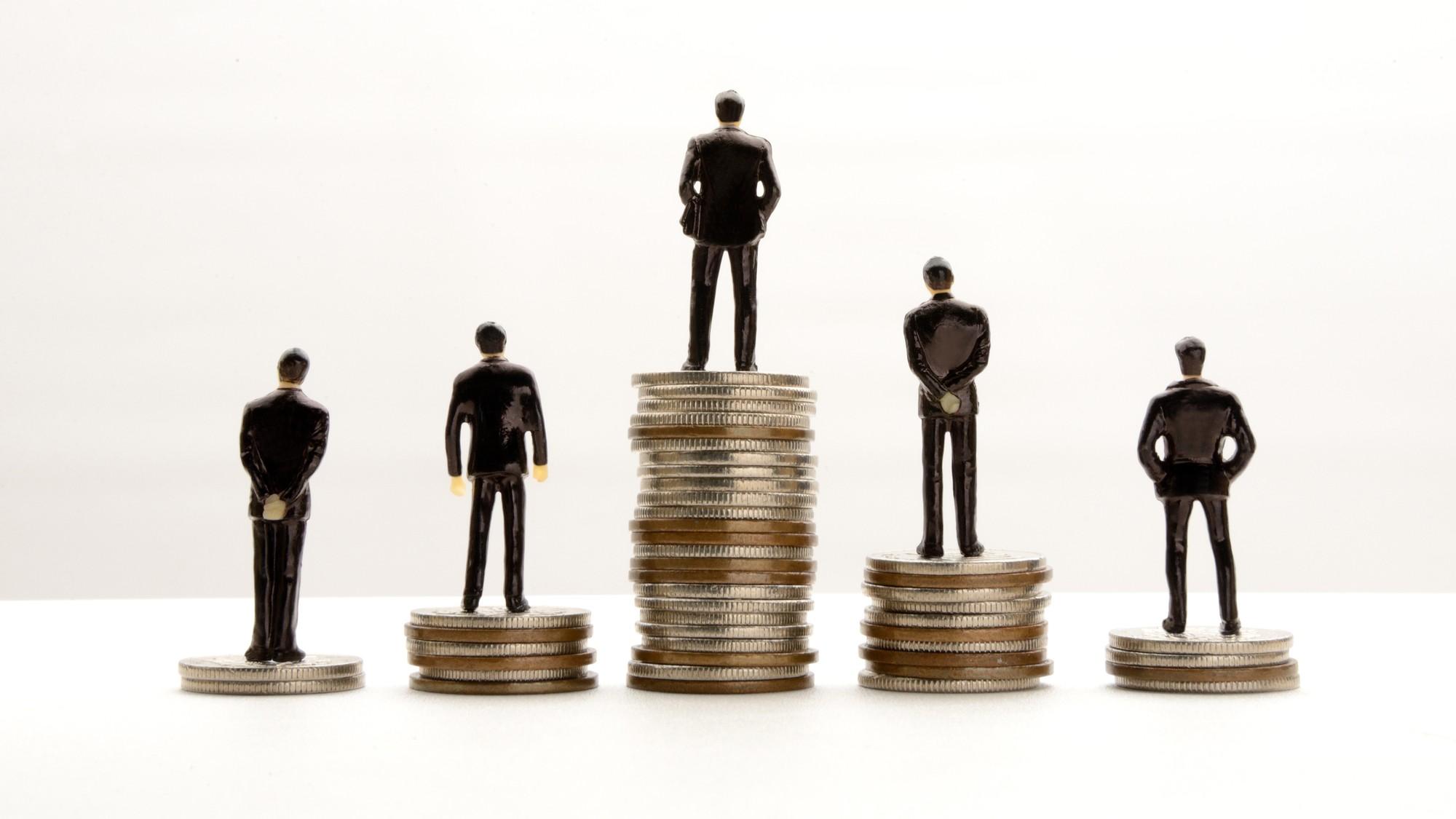 平均年収約657万円…「地方公務員」が資産を増やす3つの方法