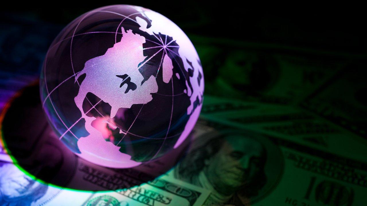 世界株安を引き起こした2つの懸念材料