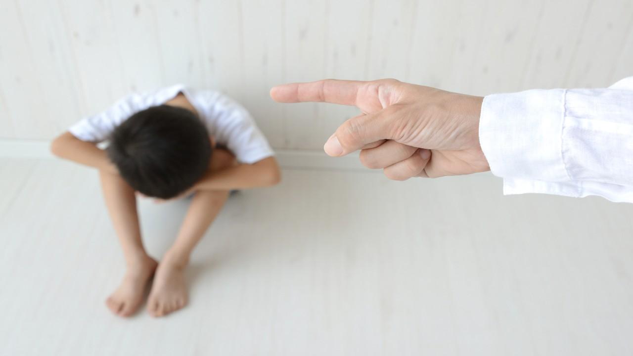 「怒る」と「叱る」は違う!プラスのイメージで叱る重要性