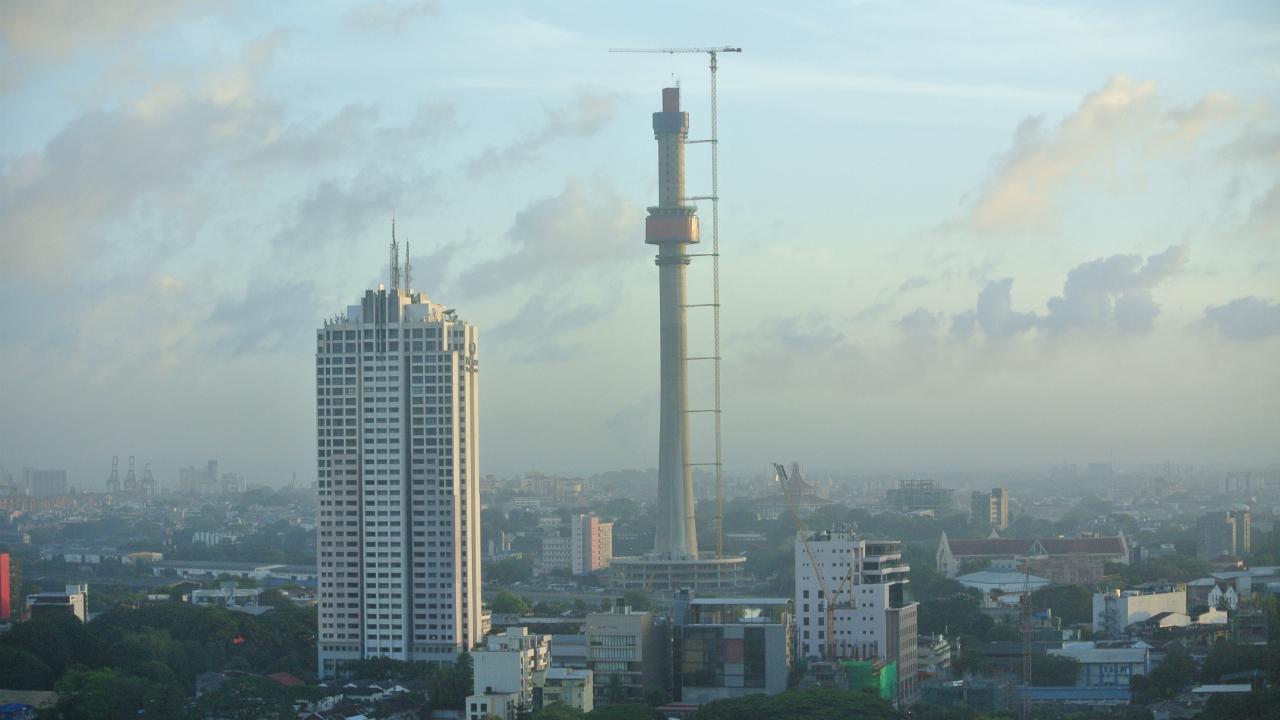 スリランカの国有銀行はなぜ悪戦苦闘しているのか?