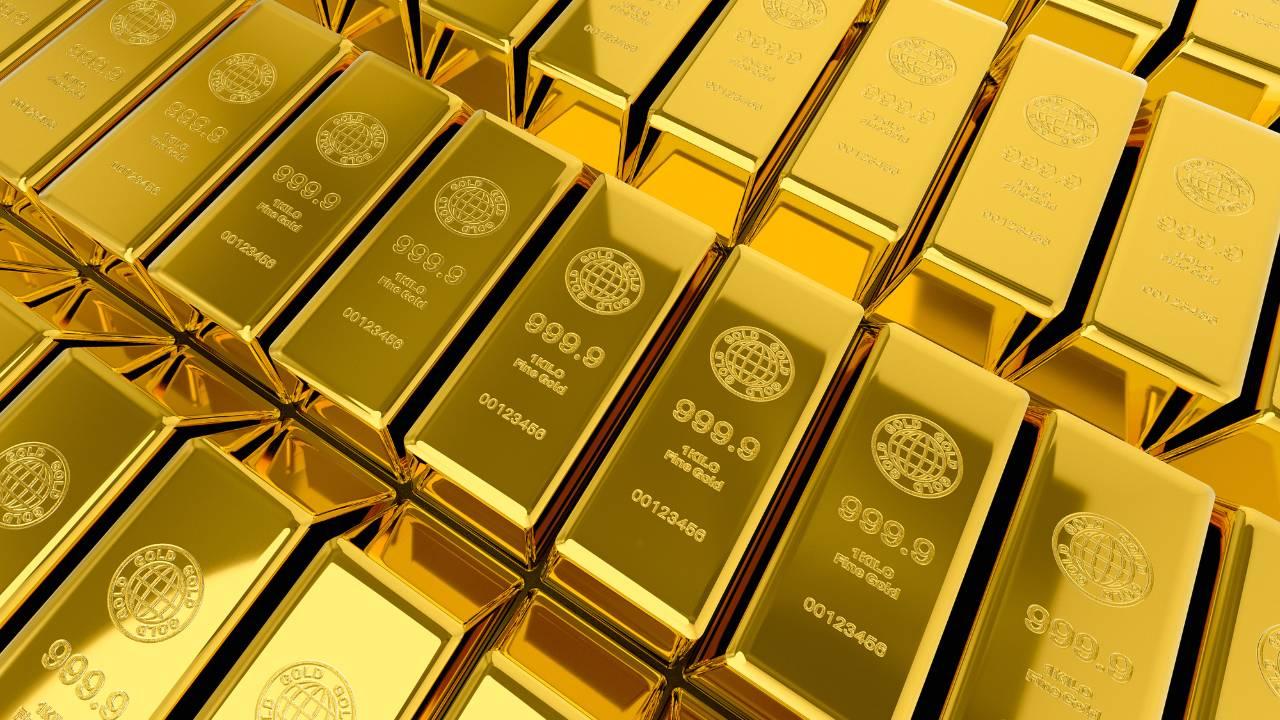世界株式投資戦略…金か、それとも金鉱山株式か?