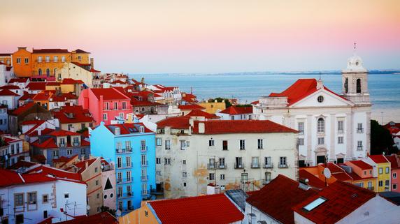 ポルトガルの「黄金居住ビザ」プログラムのメリット