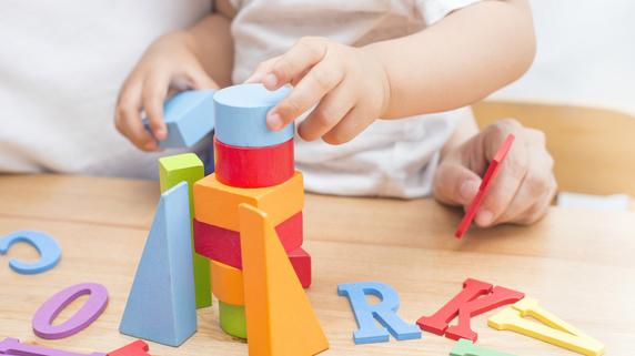 子どもから英会話を引き出す「楽しいきっかけ」の作り方とは?