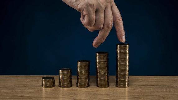 お金の専門家にこそ「老後資金の不安を話してはいけない」理由