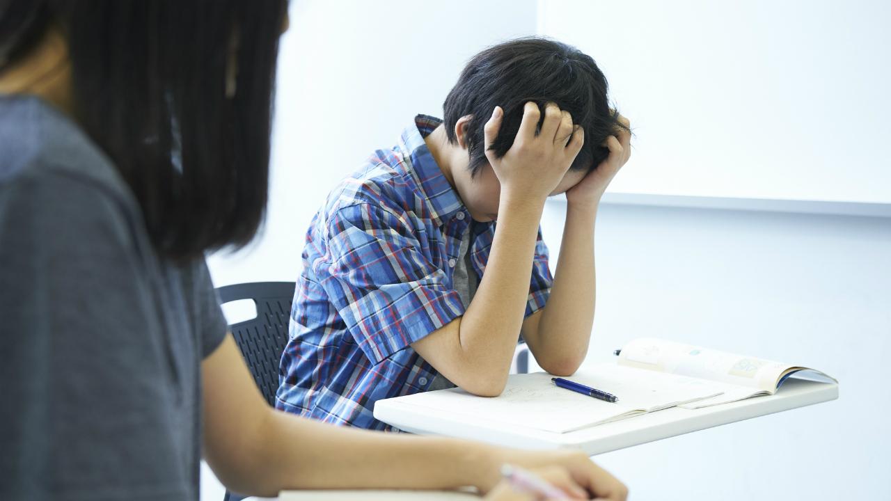 子どもたちに起こりやすい「思春期のめまい」とは?