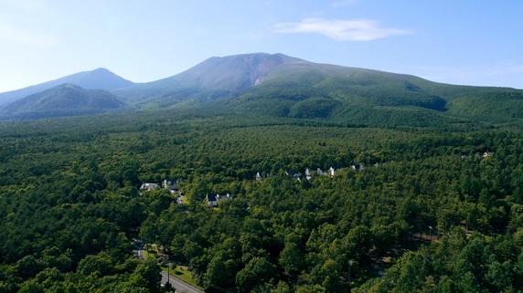 コロナ禍で働き方・住み方が変わる…別荘地「軽井沢」のいま