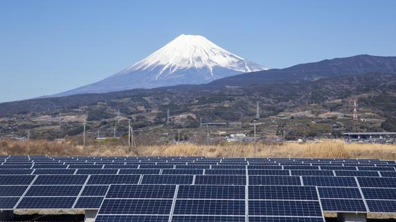 コストを抑えて効率良く売電収入を得る方法とは?