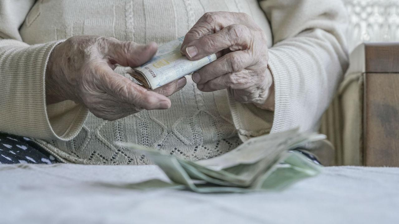 善意を利用した買取業者、騙されてしまった60代女性の誤ち