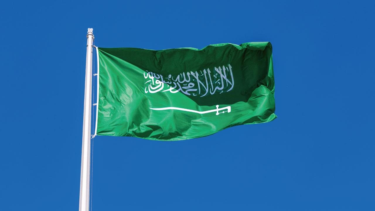 中東の地域覇権を狙うサウジとイラン…二国の国家体制を探る