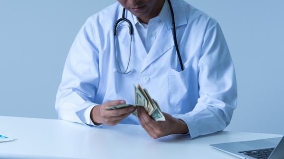 税の申告漏れ――ドクターに下される「行政処分」とは?