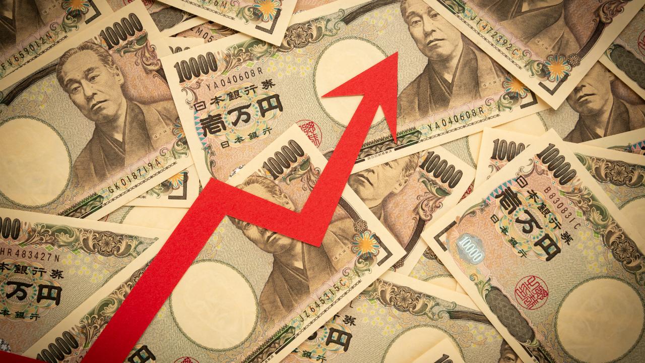 デフレ圧力への警戒の中に潜む、ハイパー・インフレのリスク