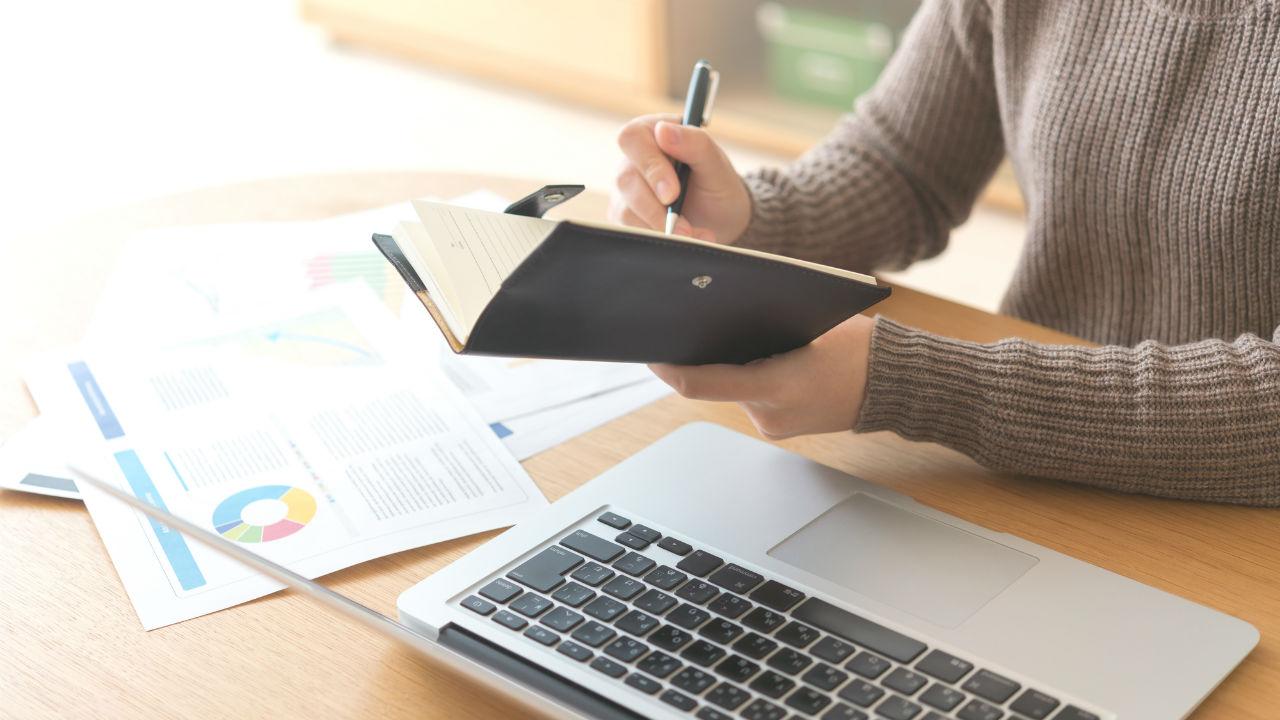 在宅勤務35%が導入 導入するのに必要なサービスを提供する会社に注目