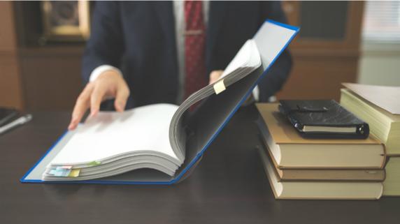 決算書に難癖!? 悪質な法人保険営業に惑わされない情報武装術