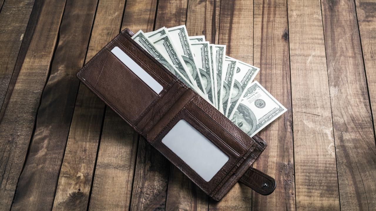 なぜ大富豪は「人からすすめられる投資商品」を買わないのか?