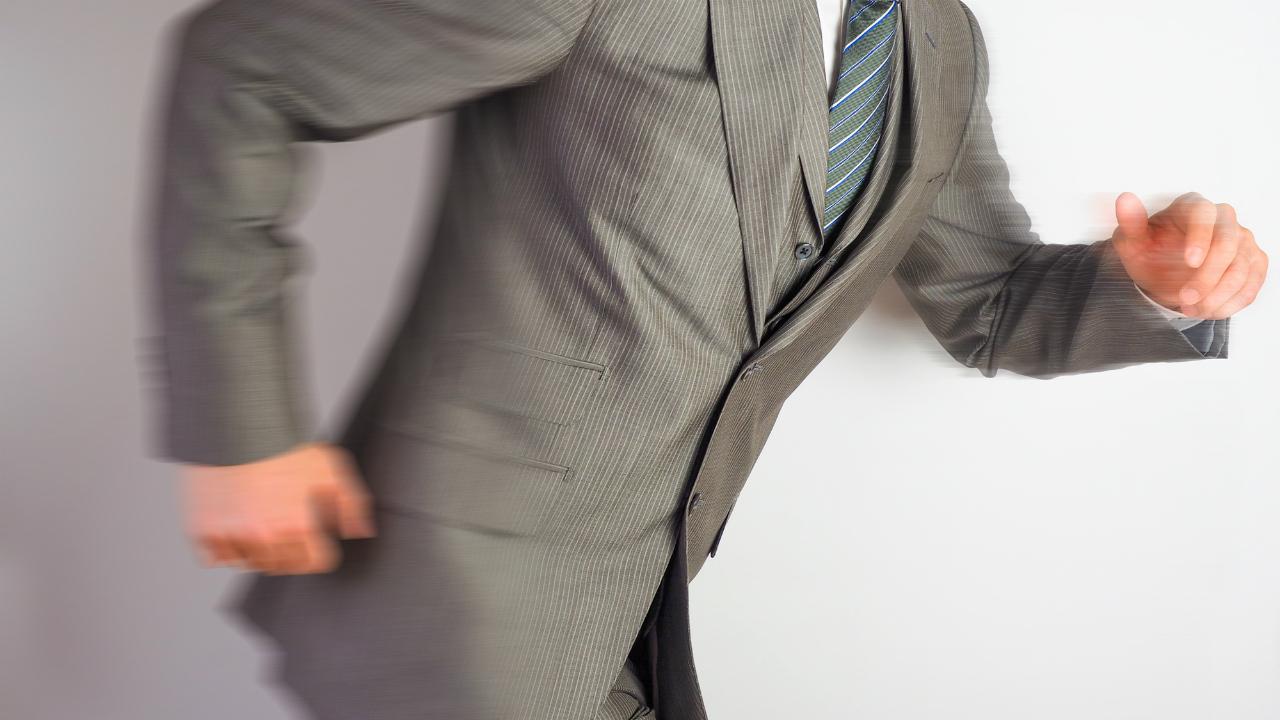「突き抜けた行動」を実践している会社の具体的な事例