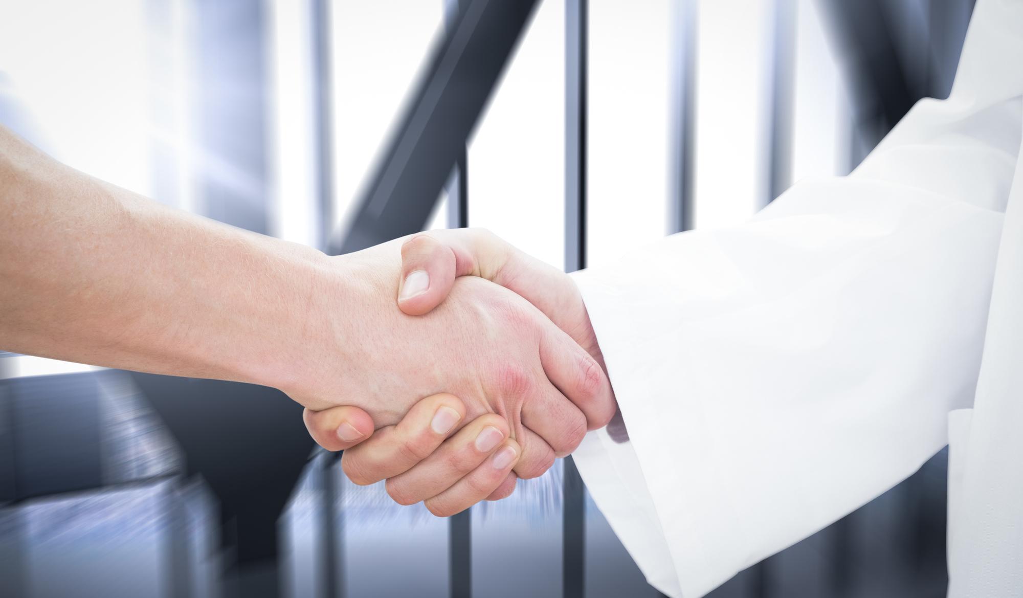 クリニックM&A――個人開業を法人に変更・承継するパターン