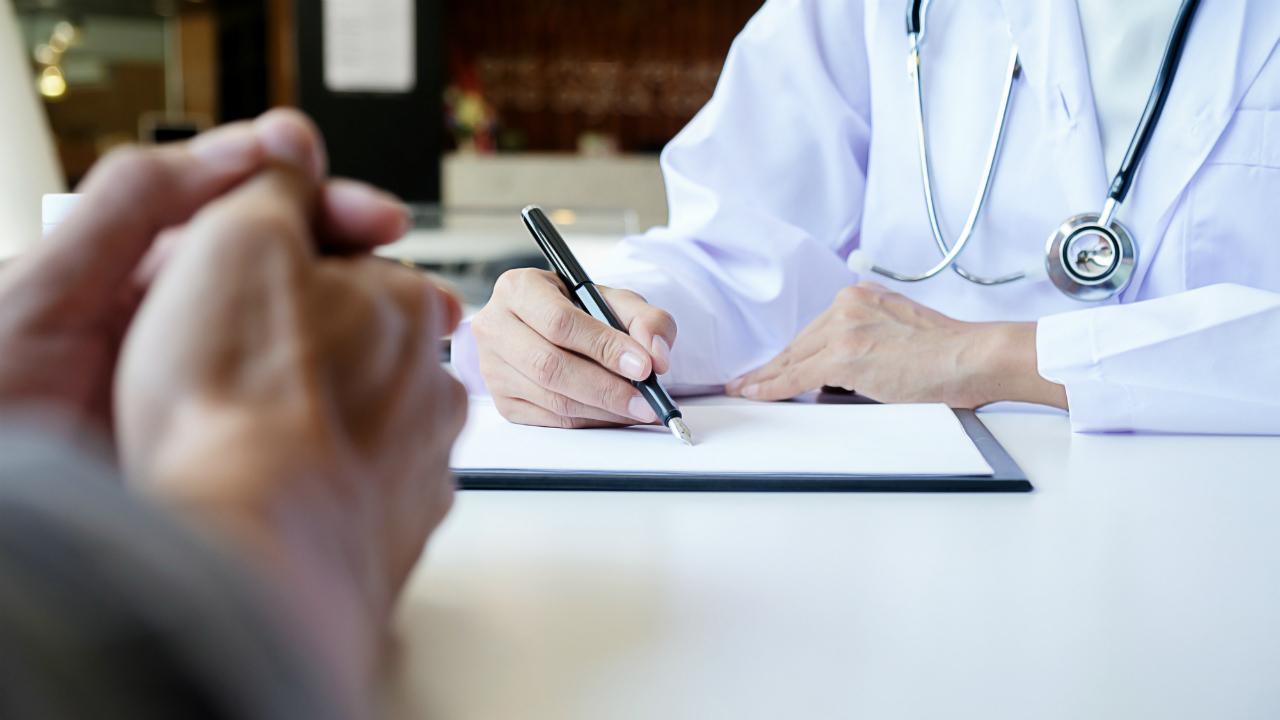 多様な職種の病院スタッフ全員で「患者」を見守るメリット